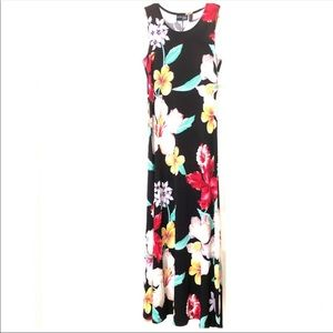 JUST IN‼️Adorable Black Floral hibiscus Maxi Dress